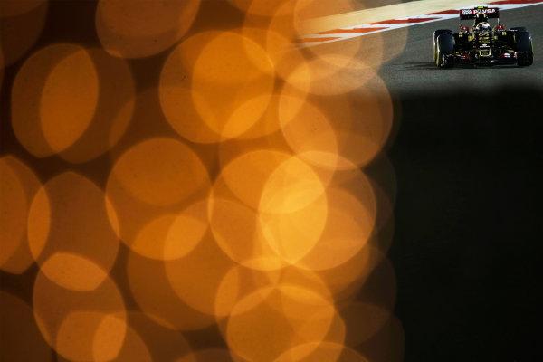 Bahrain International Circuit, Sakhir, Bahrain. Saturday 18 April 2015. Pastor Maldonado, Lotus E23 Mercedes. World Copyright: Charles Coates/LAT Photographic. ref: Digital Image _Z3O8852