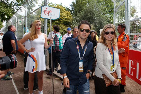 2014/2015 FIA Formula E Championship. London e-Prix, Battersea Park, London, UK. Sunday 28 June 2015. Felipe Massa, Williams F1 driver, on the grid.  World Copyright: Steven Tee/LAT Photographic/Formula E. ref: Digital Image _L4R0798