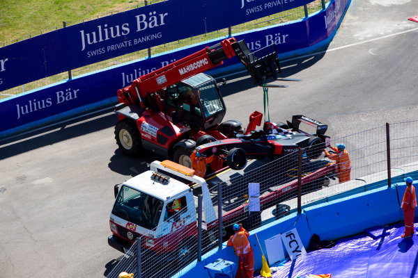 2015/2016 FIA Formula E Championship. Testing, Punta del Este, Uruguay. Sunday 20 December 2015. The damaged car of Stephane Sarrazin (FRA), Venturi VM200-FE-01. Photo: Zak Mauger/LAT/Formula E ref: Digital Image _L0U9767