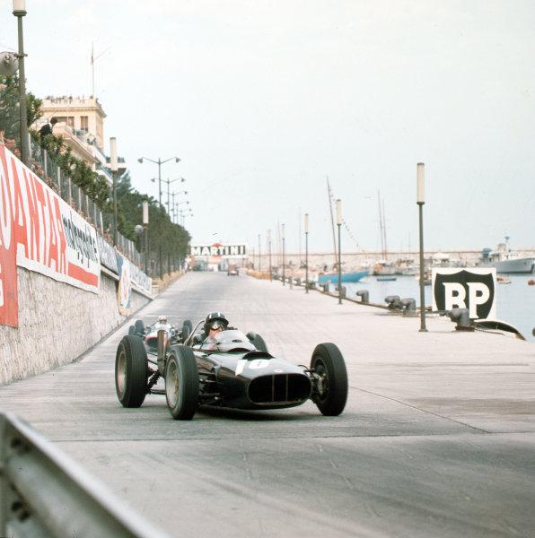 Monte Carlo, Monaco.31/5-3/6 1962.Graham Hill (BRM P57) 6th position.Ref-3/0517.World Copyright - LAT Photographic