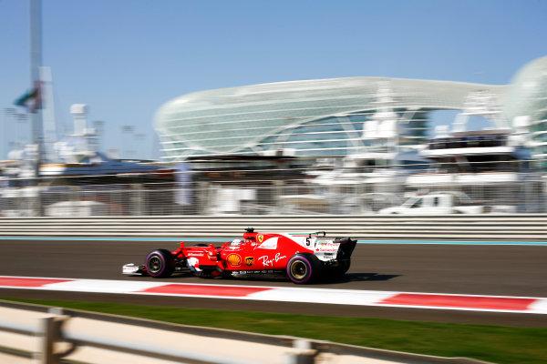 Yas Marina Circuit, Abu Dhabi, United Arab Emirates. Saturday 25 November 2017. Sebastian Vettel, Ferrari SF70H.  World Copyright: Andy Hone/LAT Images  ref: Digital Image _ONZ9671
