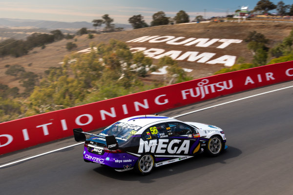 2017 Supercars Championship Round 11.  Bathurst 1000, Mount Panorama, New South Wales, Australia. Tuesday 3rd October to Sunday 8th October 2017. Jason Bright, Prodrive Racing Australia Ford.  World Copyright: Daniel Kalisz/LAT Images Ref: Digital Image 071017_VASCR11_DKIMG_5235.jpg