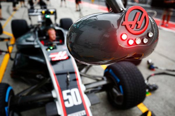 Sepang International Circuit, Sepang, Malaysia. Thursday 28 September 2017. The Haas team's pit stop lights. World Copyright: Andy Hone/LAT Images  ref: Digital Image _ONZ8775