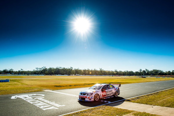 2017 Supercars Championship Round 8.  Ipswich SuperSprint, Queensland Raceway, Queensland, Australia. Friday 28th July to Sunday 30th July 2017. James Moffat, Garry Rogers Motorsport.  World Copyright: Daniel Kalisz/ LAT Images Ref: Digital Image 280717_VASCR8_DKIMG_7769.jpg