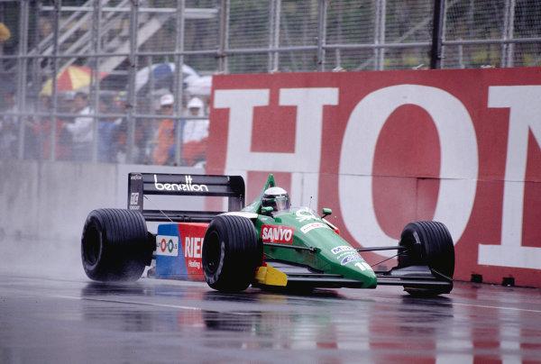 1990 United States Grand Prix.Phoenix, Arizona, USA.9-11 March 1990.Alessandro Nannini (Benetton B189B Ford) 11th position.Ref-90 USA 43.World Copyright - LAT Photographic