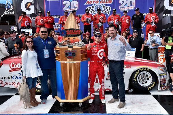 2017 Monster Energy NASCAR Cup Series Auto Club 400 Auto Club Speedway, Fontana, CA USA Sunday 26 March 2017Michael  Kyle Larson World Copyright: Rusty Jarrett/LAT Images ref: Digital Image 17FONrj_5494