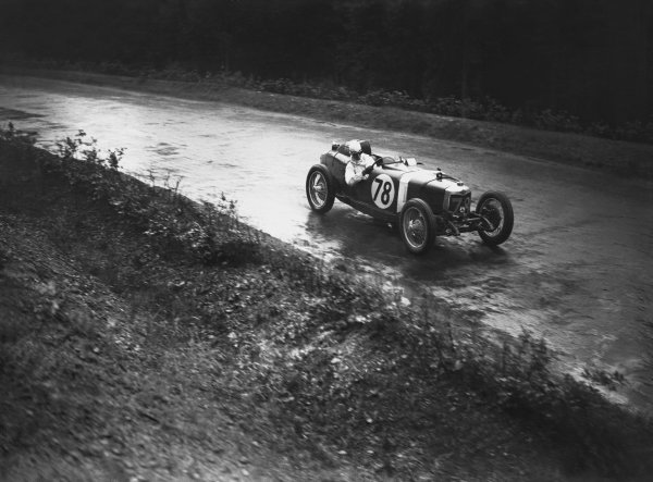 Nurburgring, Germany. 19th July 1931. Dudley Froy (Riley), Group 2: over 500 and up to 1100 cc race, 1st position,  action.  World Copyright: LAT Photographic. Ref:  Autocar Glass Plate B6826