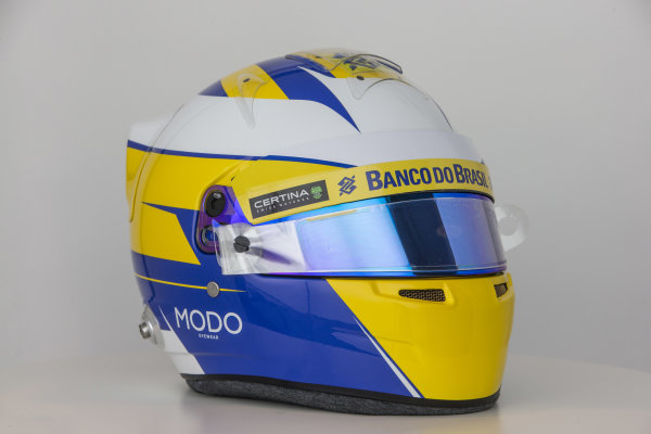 Sauber C34 Reveal. Hinwil, Switzerland. Thursday 29 January 2015. Helmet of Marcus Ericsson. Photo: Sauber F1 Team (Copyright Free FOR EDITORIAL USE ONLY) ref: Digital Image Sauber_2015_Helmet_28