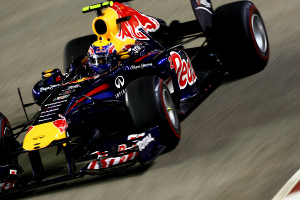 Marina Bay Circuit, Singapore.24th September 2011.Mark Webber, Red Bull Racing RB7 Renault. Action. World Copyright: Andy Hone/LAT Photographicref: Digital Image CSP28400