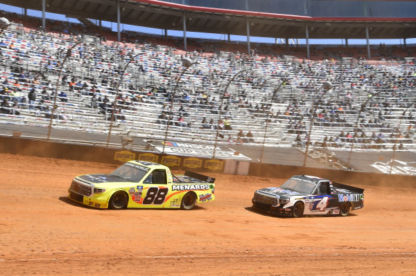 #88: Matt Crafton, ThorSport Racing, Toyota Tundra ThorSport Racing, #4: John Hunter Nemechek, Kyle Busch Motorsports, Toyota Tundra Mobil 1