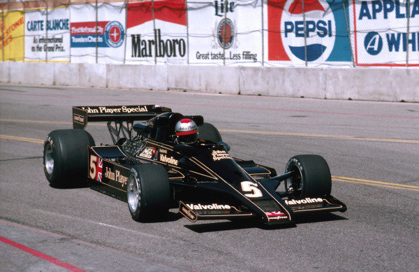 1978 United States Grand Prix West.Long Beach, California, USA.31/3-2/4 1978.Mario Andretti (Lotus 78 Ford) 2nd position.Ref-78 LB 08.World Copyright - LAT Photographic