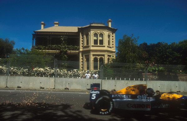 1992 Australian Grand Prix.Adelaide, Australia.6-8 November 1992.Nigel Mansell (Williams FW14B Renault).Ref-92 AUS 07.World Copyright - LAT Photographic