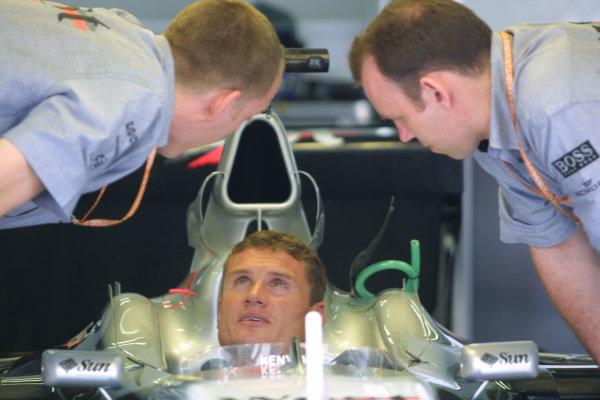 2001 Malaysian Grand Prix.Sepang, Kuala Lumpur, Malaysia.16-18 March 2001.David Coulthard (McLaren Mercedes) 3rd position.World Copyright - LAT PhotographicRef-8 9MB Digital