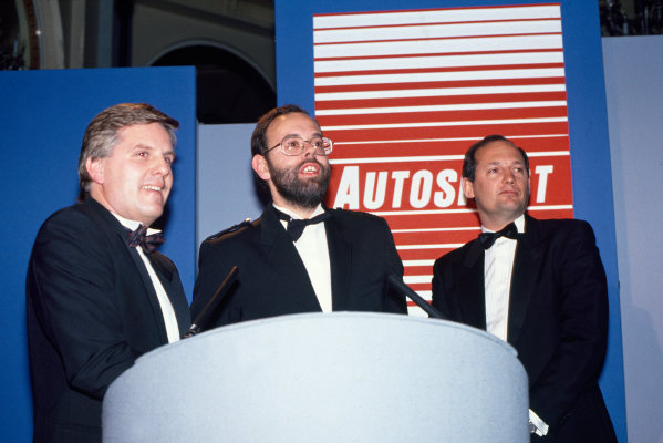 1989 Autosport Awards. Cafe Royal, London, England. 4th January 1990. Steve Rider, Peter Foubister and Ron Dennis prepare to present David Coulthard with the 1989 McLaren Autosport Young Driver of the Year, portrait. World Copyright: LAT Photographic. Ref: Colour Transparency.