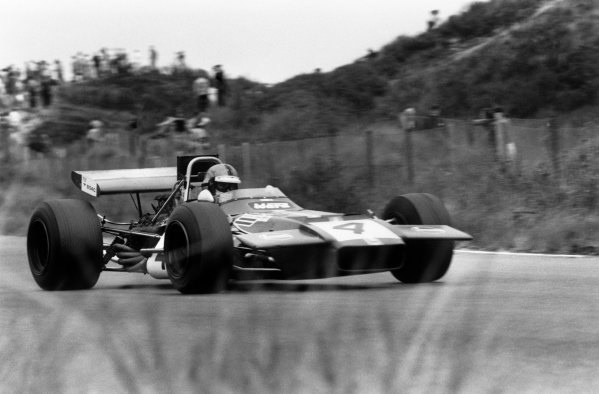 Zandvoort, Holland. 19th - 21st June 1970.Piers Courage (De Tomaso 505/38-Ford Cosworth), retired Tragically Courage suffered a fatal accident during the race, action.World Copyright: LAT Photographic.Ref: 1340F - 12A-13.