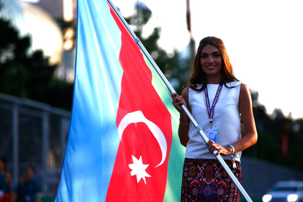 Baku City Circuit, Baku, Azerbaijan. Friday 23 June 2017. Grid Girl with the Azerbaijan flag. World Copyright: Andrew Hone/LAT Images ref: Digital Image _ONY9581