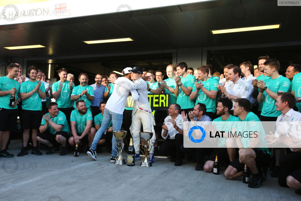 Sochi Autodrom, Sochi, Russia. Sunday 30 April 2017. Valtteri Bottas, Mercedes AMG, 1st Position, Lewis Hamilton, Mercedes AMG, and the Mercedes team celebrate. World Copyright: /LAT Images ref: Digital Image DJ5R9574