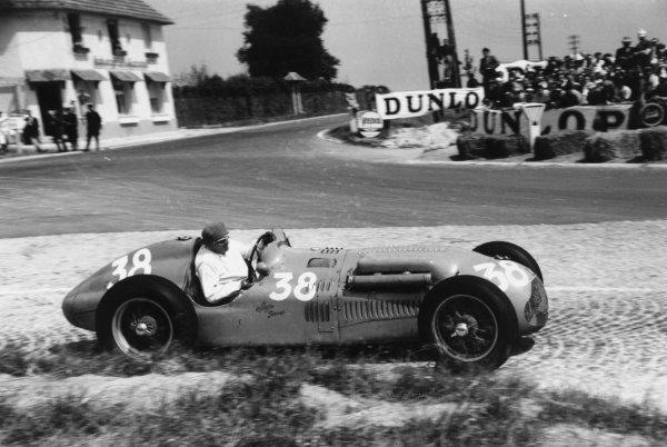 1951 French Grand Prix.Reims-Gueux, France. 1 July 1951.Philippe Etancelin (Lago-Talbot T26C-DA). Ref-51/35 #20A.World Copyright - LAT Photographic