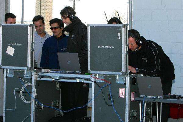 January 31-Feb. 3, 2005, SEBRING INTERNATIONAL RACEWAY January 31-Feb. 3, 2005, SEBRING INTERNATIONAL RACEWAY CREW OF THE ASTON MARTIN DBR9 WATCHES OF THE TELEMETRY-2005, GREG ALECK