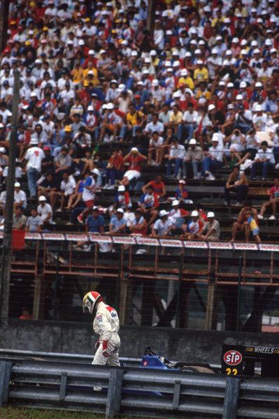 Jacarepagua, Rio de Janeiro, Brazil. 1-3 April 1988 Andrea de Cesaris (Rial ARC01-Ford), retired.  Ref: 88BRA41. World Copyright: LAT Photographic