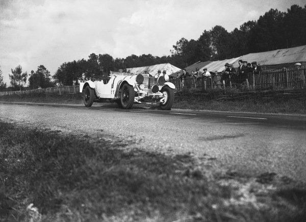 1930 Le Mans 24 Hours. Le Mans, France. 21st - 22nd June 1930. Rudolf Caracciola/Christian Werner (Mercedes-Benz SS), retired, action.  World Copyright: LAT Photographic.  Ref:  Autocar Glass Plate B4192.