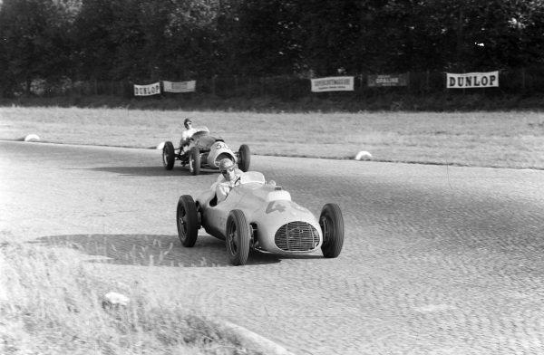 Hans von Stuck, AFM  Bristol, leads  Ken Wharton, Cooper T23 Bristol.