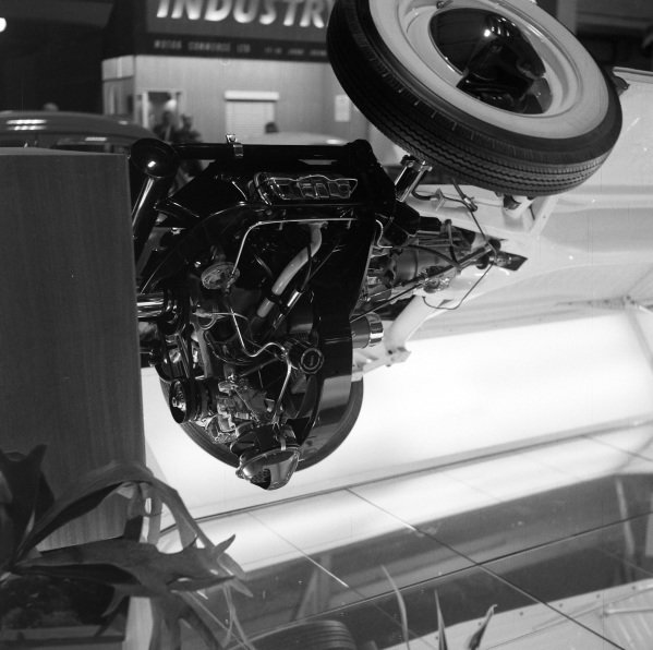 424cc Excelsior engine.