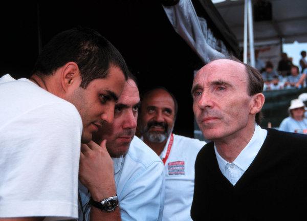 1999 CART Chicago GP, 22/8/99Juan Montoya chats with Frank Williams-1999, Michael L. Levitt, USALAT PHOTOGRAPHIC