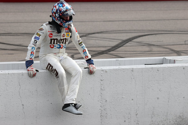 Kyle Busch, Joe Gibbs Racing Toyota, sits on the wall after the race, Copyright: Chris Graythen/Getty Images.