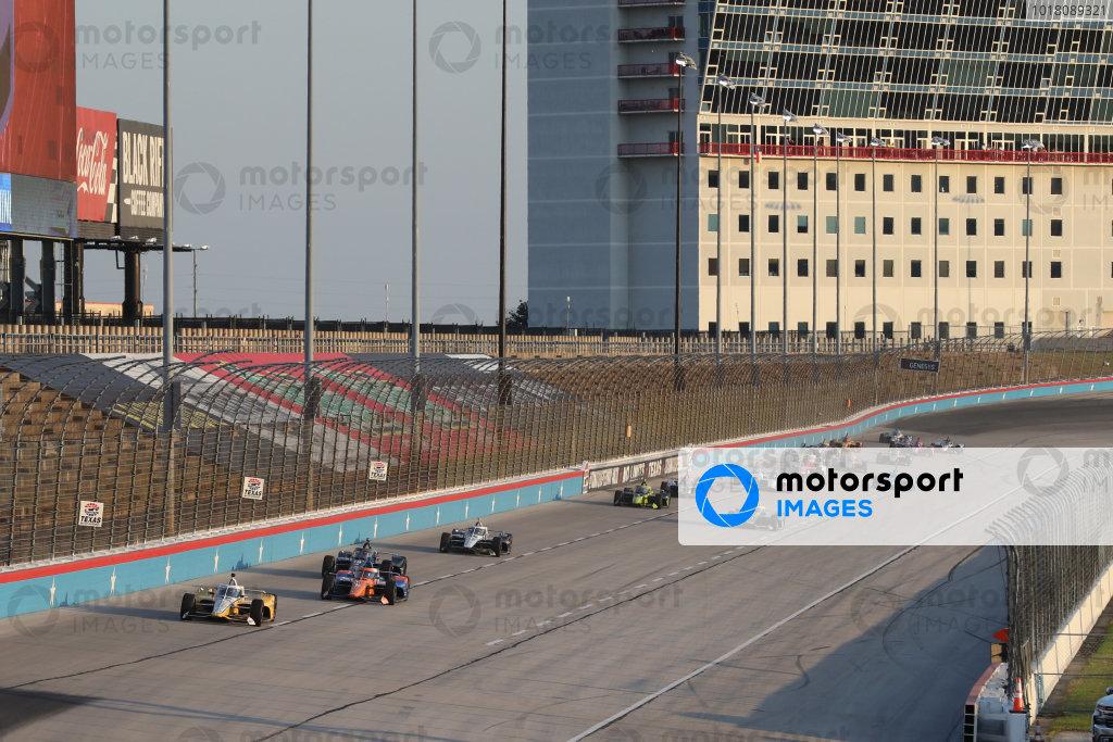 Track action Copyright: Chris Owens - IMS Photo