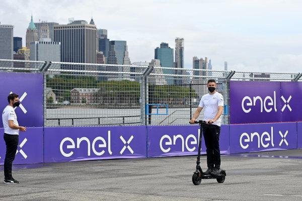 Edoardo Mortara (CHE), Venturi Racing, rides a scooter on the track
