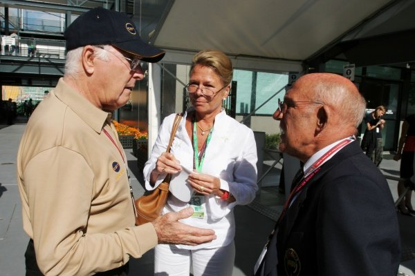 (L to R): Murray Walker (GBR) with Stirling Moss (GBR).