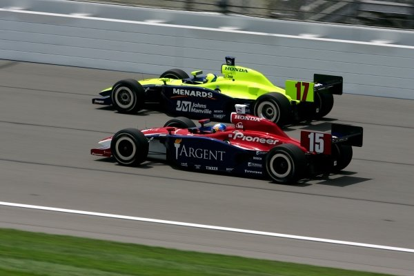Rahal Letterman Racing team mates Buddy Rice (USA) and Vitor Meira (BRA) race in the Argent Mortgage 300.