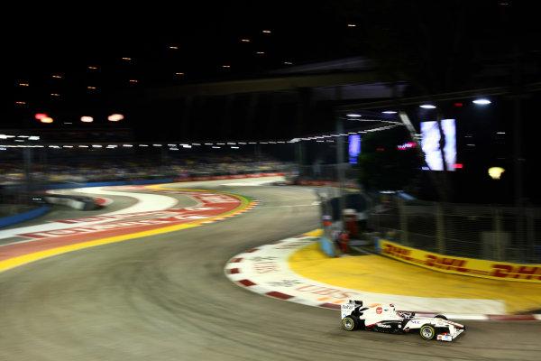 Marina Bay Circuit, Singapore.24th September 2011.Kamui Kobayashi, Sauber C30 Ferrari. Action. World Copyright: Andy Hone/LAT Photographicref: Digital Image CSP28268