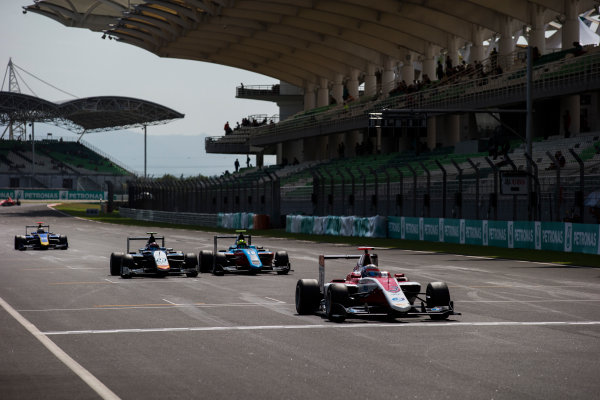 2016 GP3 Series Round 8 Sepang, Kuala Lumpur, Malaysia. Sunday 2 October 2016. Alexander Albon (THA, ART Grand Prix) leads Steijn Schothorst (NED, Campos Racing) & Alessio Lorandi (ITA, Jenzer Motorsport)  Photo: Sam Bloxham/GP3 Series Media Service. ref: Digital Image _SLA4724