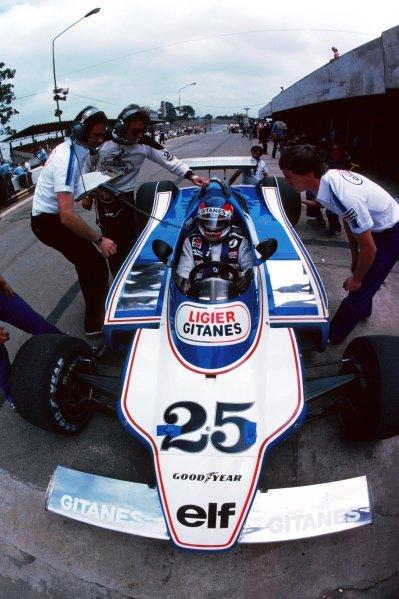 Patrick Depailler (FRA) Ligier JS11 finished the race in second position. Brazilian Grand Prix, Rd 2, Interlagos, Brazil, 4 February 1979. BEST IMAGE