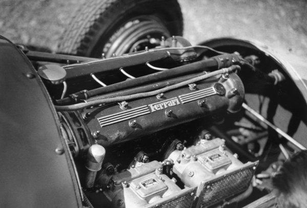 1951 Italian Grand Prix.Monza, Italy. 16 September 1951.The Ferrari engine. Ref-51/50 #12.World Copyright - LAT Photographic