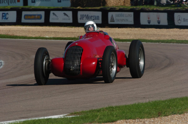 2004 Goodwood Revival MeetingGoodwood, England. 3rd - 5th September 2004.Goodwood Trophy for GP, F2 and F Libre 1948 - 1954.Action.World Copyright: Jeff Bloxham/LAT Photographicref: Digital Image Only
