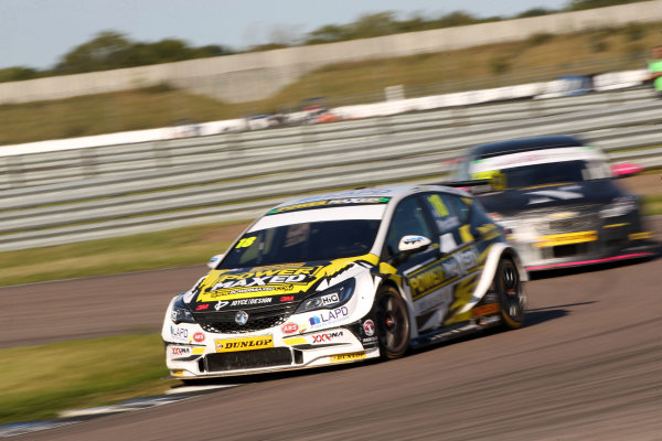 2017 British Touring Car Championship, Rockingham, England. 26th-27th August 2017, Senna Proctor (GBR) Power Maxed Racing Vauxhall Astra World Copyright. JEP/LAT Images
