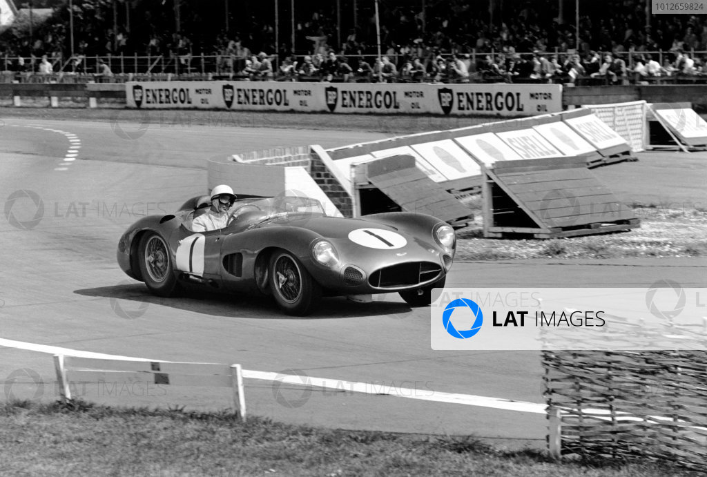 Goodwood, West Sussex, Great Britain. 5th September 1959.Stirling Moss / Roy Salvadori (Aston Martin DBR1), retired, action. World Copyright: LAT Photographic.