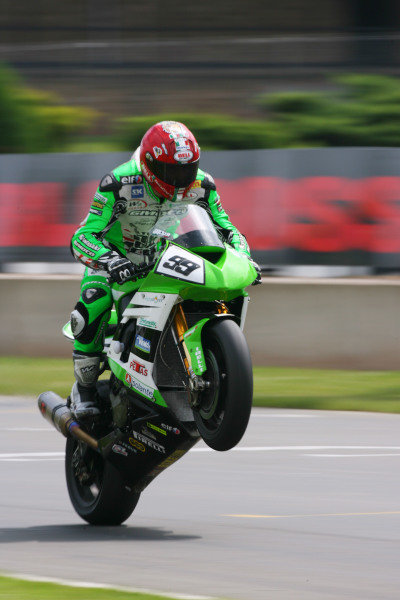 Donington Park, UK. 27th - 28th June 2009.  Luca Scassa, Kawasaki. Action.  World Copyright: Kevin Wood/LAT Photographic  Ref: Digital Image RK404980a