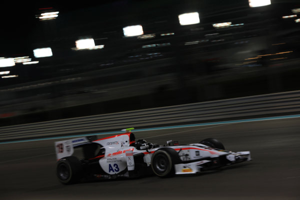 2013 GP2 Series Test 3 Yas Marina Circuit, Abu Dhabi, UAE. Day 3, Thursday 7th November 2013. Simon Trummer (SUI, Rapax)  World Copyright: Sam Bloxham/LAT Photographic. ref: Digital Image IMG_5987