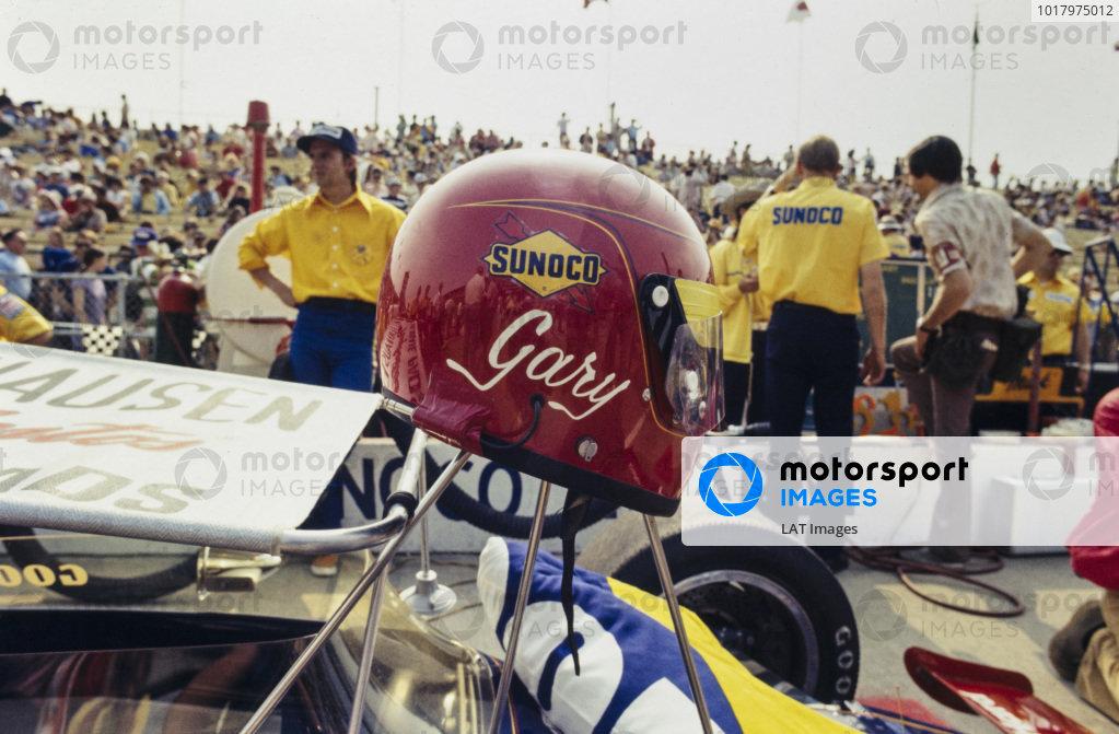 Gary Bettenhausen's helmet.