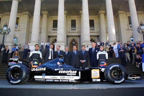 Tarso Marques (far left) and Fernando Alonso (far right) pose with the new European Minardi PS01. Australian Grand Prix Melbourne, Australia 2nd-4th March 2001  This is a digital file.