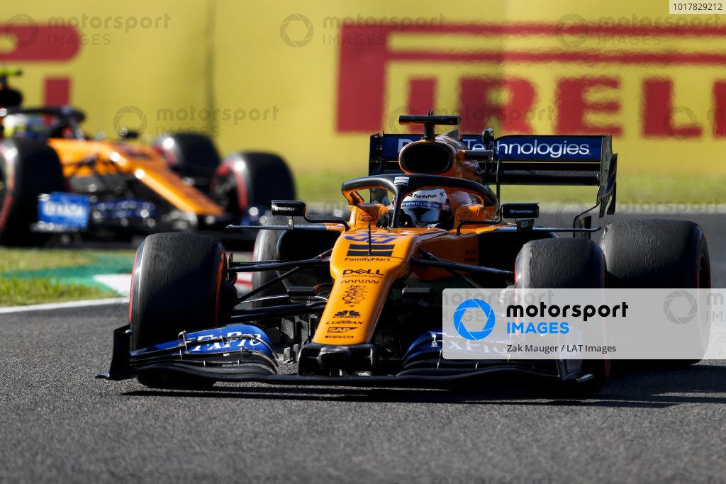 Carlos Sainz Jr., McLaren MCL34 anDrivers Lando Norris, McLaren MCL34