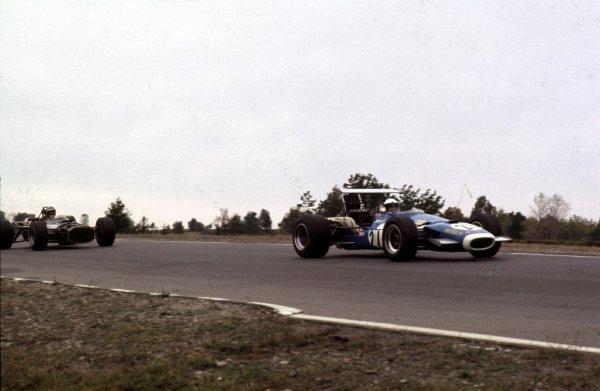 1968 United States Grand Prix.Watkins Glen, New York, USA.4-6 October 1968.Jean-Pierre Beltoise (Matra MS11).Ref-68 USA 56.World Copyright - LAT Photographic