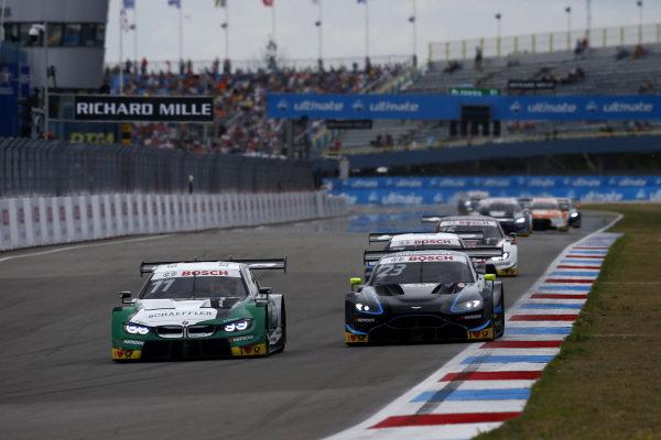 Marco Wittmann, BMW Team RMG, BMW M4 DTM, Daniel Juncadella, R-Motorsport, Aston Martin Vantage AMR.