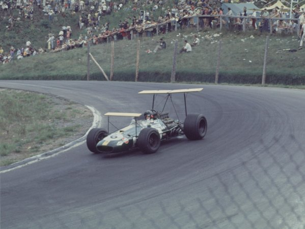 1968 Canadian Grand Prix.Mont-Tremblant, (St. Jovite), Quebec, Canada.20-22 September 1968.Jochen Rindt (Brabham BT26 Repco).Ref-68 CAN 40.World Copyright - LAT Photographic