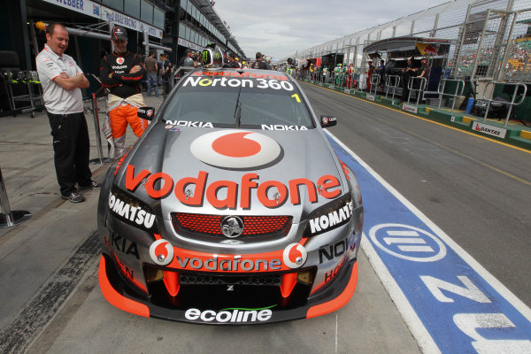 Albert Park Street Circuit, Melbourne, Australia.26th - 28th March 2010.Car 1, Commodore VE, Holden, Jamie Whincup, T8, TeamVodafone, Triple Eight Race Engineering, Triple Eight Racing.World Copyright: Mark Horsburgh/LAT Photographicref: Digital Image 1-Whincup-F1-10-m00833