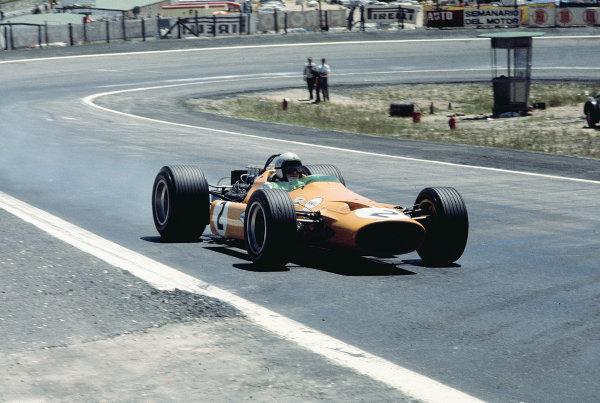 1968 Spanish Grand Prix. Jarama, Madrid, Spain. 10-12 May 1968. Bruce McLaren (McLaren M7A-Ford). Ref: 68ESP01. World Copyright - LAT Photographic